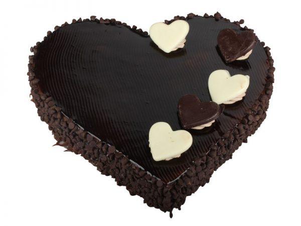 heartshape_chocolate_cake