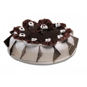Vanilla Cake with Choco Flowers